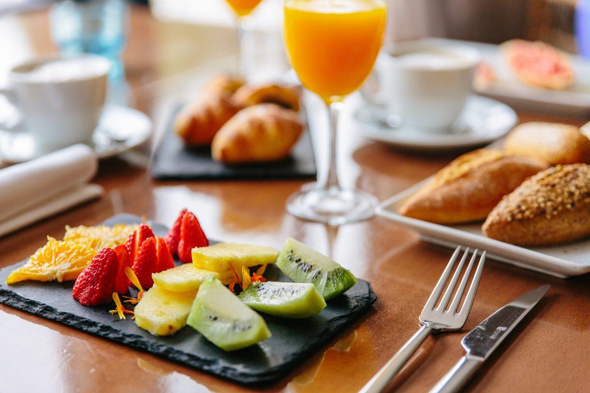 Desayuno Hotel AlmiranteDesayuno