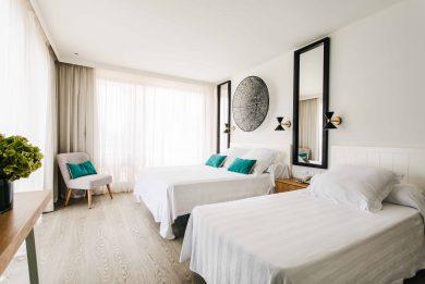 camas hotel almirante