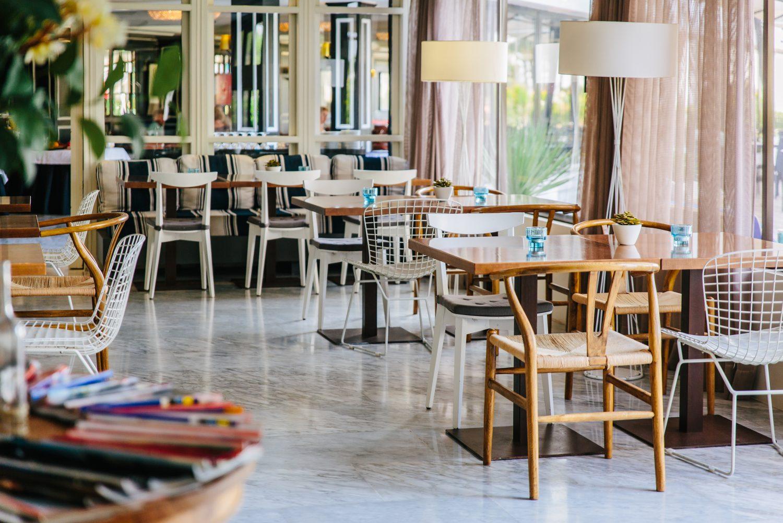 cafetería Hotel Almirante
