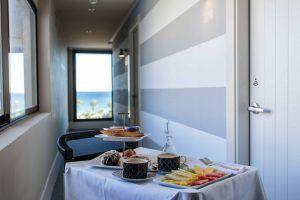 Desayuno habitación Hotel Almirante