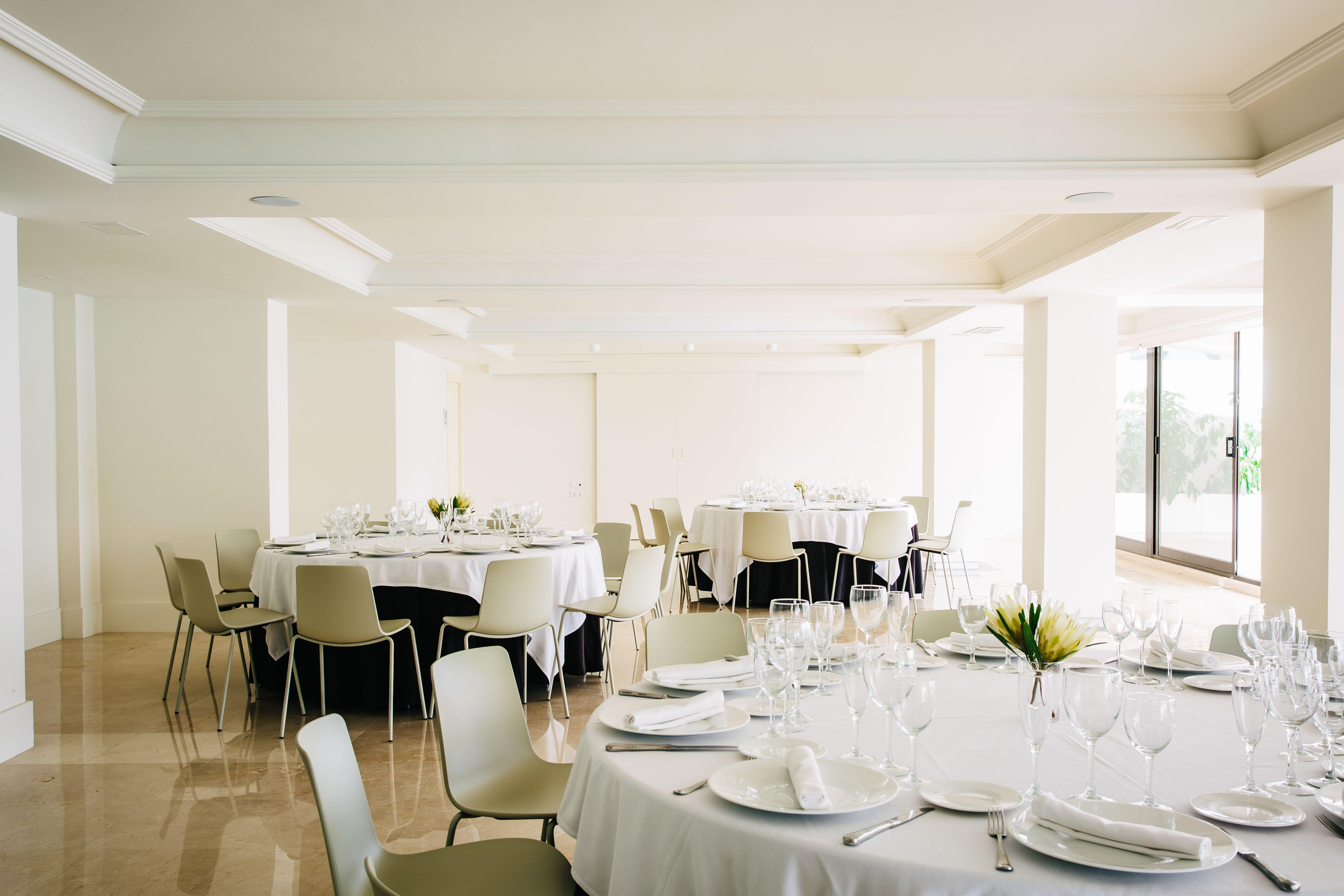 Salón Hotel Almirante